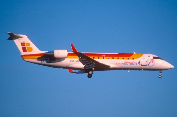 """268ab - Air Nostrum Canadair CRJ200ER"" von  Aero Icarus via flickr.com. Lizenz. Creatice Commons 2.0"