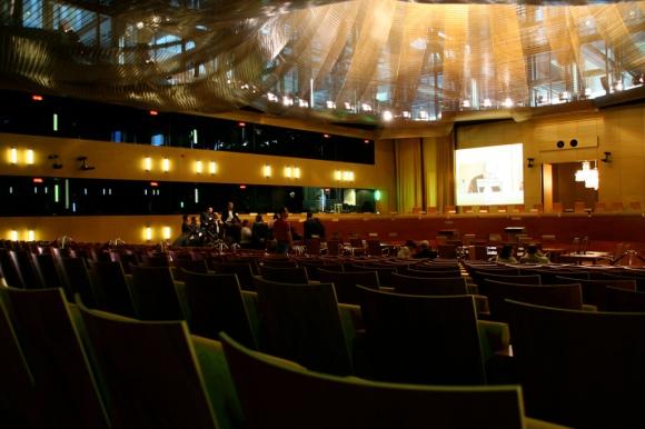 """European Court of Justice - Grand courtoom"" von  Cédric Puisney via flickr.com. Lizenz: Creative Commons 2.0"