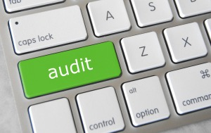 Audit. Bild von Got Credit via flickr.com. Lizenz: Creative Commons