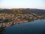 Zug, ein kleiner Ort in der Schweiz, aber ein großer Ort für die Weltwirtschaft.   Bild von Frozenbubble at de.wikipedia. Lizenz: Creative Commons