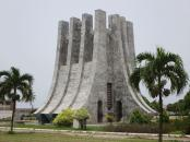 Im Kwame Nikrumah Gedenkpark in der ghanesischen Hauptstadt Akkra steht das Mausoleum des ersten Präsidenten des westafrikanischen Landes. Bild von David Stanley via flickr.com. Lizenz: Creative Commons