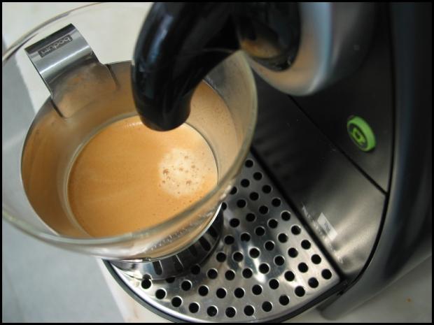 Wer weiß - vielleicht spielt der Kaffee am Morgen eine große Rolle bei der Vermassenmarktung der Internet of Things? Bild: Get Ready For Blogging, von Ricardo Bernardo via flickr.com. Lizenz: Creative Commons