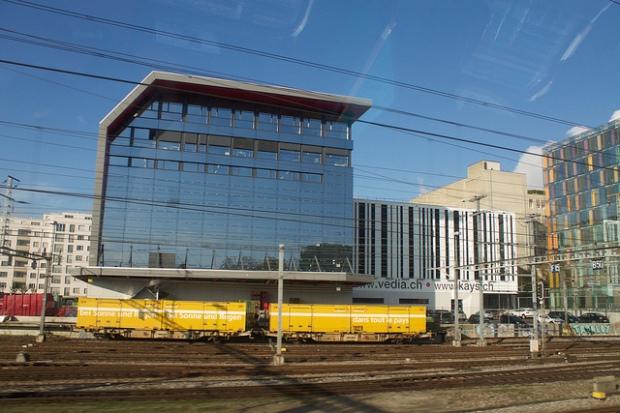 Auch hier kann man bald Bitcoins kaufen: Der Bahnhof in Genf. Bild von Patrick Nouhailler via flickr.com. Lizenz: Creative Commons