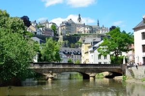 Schön schön, aber für eine Finanzmetropole auch etwas behäbig: Luxemburg. Bild von Tristan Schmurr via flickr.com. Lizenz: Creative Commons