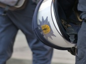 """""""Polizei Gegendemo zur Münchner Sicherheitskonferenz (msc) am 07.02.2015 in München"""". Bild von Metropolico.org via flickr.com. Lizenz: Creative Commons"""