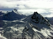 Berggipfel in der Schweiz. Bild von Allie_Caulfield via flickr.com. Lizenz: Creative Commons