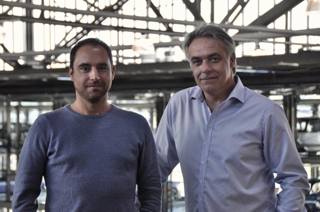 Die beiden Gründer von ClassicCarCoin.